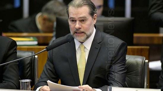 cnj punicao promotor advogado abandonar direito